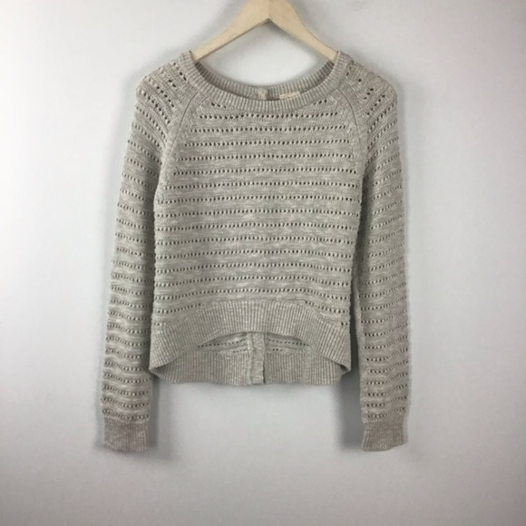 Anthropologie Sweaters - Anthropologie Moth Button Back Hi/Low Cream Sweate